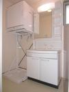 洗面室。室内洗濯機置き場