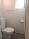 トイレ。換気窓有ります★