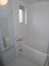 バスルーム。嬉しい浴槽付き★換気窓有り